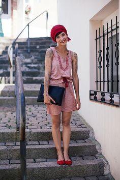 Dress via 2Two. Ballet flats via Repetto. --- Red - Et pourquoi pas Coline