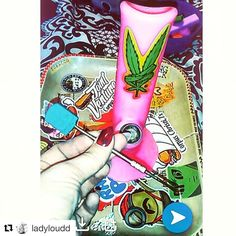 #Repost @ladyloudd with @repostapp  Bout to dab it up  @piecemakergear  @ganjagranny  @jointventure361  @unconquerablegreens  @buster63  @pretty_pouches Blaze YOUR own trail & tag us in you pics and we will repost #piecemakergear.com #piecemaker #BlazeYourOwnTrail #byot #siliconewaterpipe #thc #ganja #420 #budtender #fratlife #maryjane #marijuana #siliconebongs #medicalmarijuana #siliconebong #dabbing #videogames #bigindustryshow #smokeweedeveryday #andthenigothigh #bong #710  #cannabis…