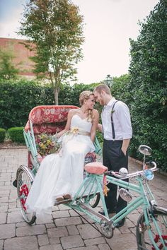 Bohemian Sunrise Wedding In Neutral Colors Prom Transport Ideas, Prom Car, Sunrise Wedding, Bridal Car, Wedding Transportation, Wedding Dress Cake, Wedding Photography And Videography, Wedding Planning Tips, Just Married