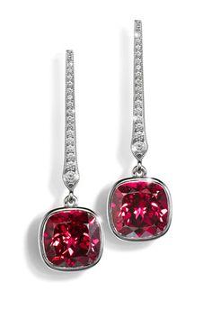 Garnet and diamond earrings | Atelier Torbjörn Tillander