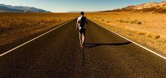 15 ATITUDES QUE TE IMPENDEM DE AVANÇAR NA VIDA  Vivemos em uma cultura que busca resultados rápidos, então temos que aprender a enxergar a beleza do esforço, da paciência e da perseverança.  Tem de ser forte, presente e firme. http://buildingabrandonline.com/rogeriosantos/15-atitudes-que-te-impedem-de-avancar-na-vida/