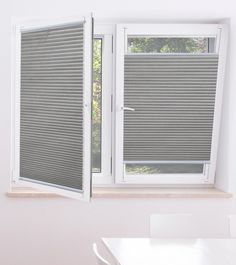 Blinds For Windows, Curtains With Blinds, Honeycomb Blinds, Tilt And Turn Windows, Best Blinds, Window Coverings, Living Room Designs, New Homes, Home Appliances