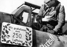 """El mayor Gerhard """"Gerd"""" Barkhorn (20 de marzo de 1919 – 8 de enero de 1983) fue un piloto de caza que sirvió en la Luftwaffe durante la Segunda Guerra Mundial. Entre los ases de la aviación ha sido el segundo con mayor número de victorias de todos los tiempos, tras el primero que es Erich Hartmann. Voló en 1.104 misiones de combate y se le acreditaron 301 derribos de aviones de la Fuerza Aérea Soviética en el Frente Oriental, pilotando aviones de caza Messerschmitt Bf 109 y Focke-Wulf Fw…"""