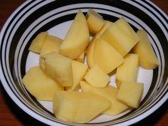 Na rozdíl od lahodné chuti brambor, poznejte i další jejich úžasnou kvalitu, a to v kosmetice. Brambory vám pomohou dosáhnout hezčí i tónované pleti. Nordic Interior, Cantaloupe, Fruit