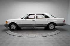 1985 Mercedes-Benz 500 SEL 44,830 Actual Mile 500SEL 5.0 Liter 4 Speed Automatic - See more at: http://www.rkmotorscharlotte.com/sales/inventory/new_arrival/1985-Mercedes-Benz-500-SEL/134315#sthash.eDZfzS6W.dpuf