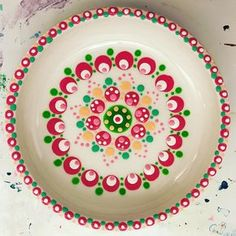 Last night I had a super nice workshop Find the result really great and for the first time! # Point type… Source by perlefest Mandala Painting, Dot Painting, Pottery Painting, Ceramic Painting, Stippling Art, Acrylic Tutorials, Mandala Dots, Dots Design, All Craft