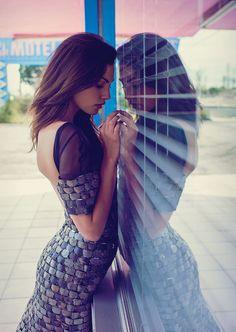 Фиби Тонкин — Фотосессия для «Elle» AU 2015 – 4