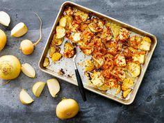 Uunissa paistetut ja juustolla kuorrutetut naurisviipaleet maistuvat liha- ja kanaruokien lisäkkeenä perunan tai riisin sijaan.