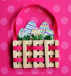 Easy DIY craft stick Easter basket - Easter craft for kids // Húsvéti kosár dísz jégkrém pálcikákból ( fa spatulából ) // Mindy - craft tutorial collection // #crafts #DIY #craftTutorial #tutorial