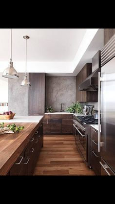 http://stainlesssteelproperties.org I love the look off this Stainless Steel Kitchen http://stainlesssteelproperties.org