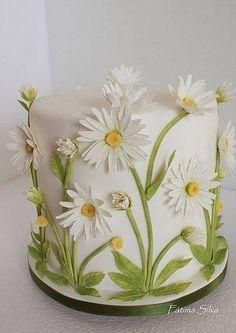 Fátima Silva Bolos Designer Janeiro – Wedding Cakes for Beautiful Brides Pretty Cakes, Cute Cakes, Beautiful Cakes, Amazing Cakes, Fondant Flowers, Sugar Flowers, Fondant Cakes, Cupcake Cakes, Fondant Figures