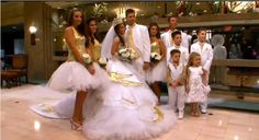 "21 Things I Learned From ""My Big Fat American Gypsy Wedding"" My Big Fat Gypsy Wedding, Gipsy Wedding, Wedding Fans, Wedding Looks, Wedding Ideas, Gypsy Dresses, Flower Girl Dresses, Gypsy Outfits, Romanichal Gypsy"