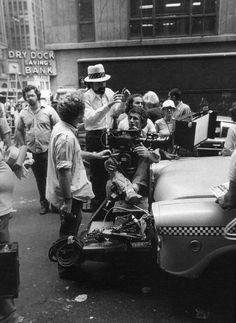 Scorsese rodando en las calles de New York una de sus obras maestras, Taxi Driver (1976)