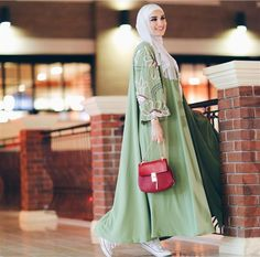 2019 Casual Fashion Trends For Women - Fashion Trends Modest Fashion Hijab, Abaya Fashion, Muslim Fashion, Kimono Fashion, Girl Fashion, Hijab Style, Hijab Chic, Hijab Fashion Inspiration, Mode Inspiration