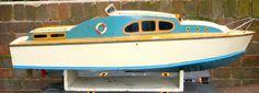 Sea Queen Model Boat - Classic 1960's Cabin Cruiser
