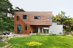 Living Knot House by Polymur
