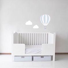 Cuna versátil  AKÚN Mobiliario y Diseño Infantil  Baby boy  Nursery  Vinil  Interiors  Kids design  Hecho en México