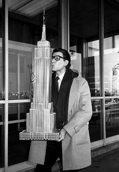 YSL loves NYC ©Roxanne Lowit
