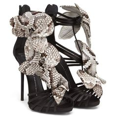 Sandals - Shoes Giuseppe Zanotti Design Women on Giuseppe Zanotti Design Online Store @@NATION@@ - Spring-Summer collection for men and women. Worldwide delivery.| E50326003