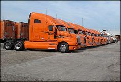 Kenworth Trucks, Volvo Trucks, Truck Drivers, Big Rig Trucks, Semi Trucks, Gmc Motorhome, Driving School, Classic Trucks, Custom Trucks