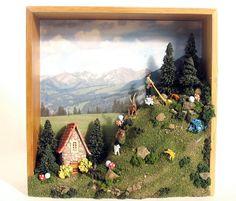 Alpine Фея сцены на стене - Издание 10 - Хорнблауэр и ручной каменный дом с видом на горы Овцы, сосны и грибами ...