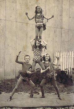 Early Vaudeville and circus photos from the collection of Bob Bragman    Photo: Bob Bragman / Fr the collection of Bob Bragman