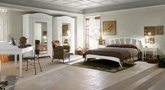 English Mood bedroom by Minacciolo 2016 #minacciolo #englishmood #chic #furniture #elegant #bedroom #classic #englishstyle #bed #interiors #architecture #decor #romantic #inspirations #shabby #chic #country #countrychic