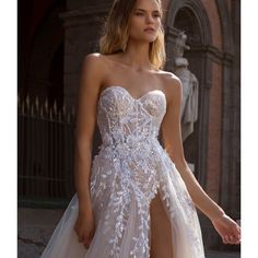 Berta Wedding Dresses Fall 2020 - Napoli Bridal Collection - 2020 Fashions Woman's and Man's Trends 2020 Jewelry trends Amazing Wedding Dress, Fall Wedding Dresses, Bridal Dresses, Bridesmaid Dresses, Wedding Dress Gallery, Berta Bridal, Strapless Dress Formal, Formal Dresses, Sophisticated Bride