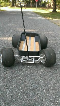 Custom Radio Flyer Wagon, Radio Flyer Wagons, Kids Wagon, Toy Wagon, Cool Things To Build, Dragon Wagon, Car Furniture, Little Red Wagon, Drift Trike