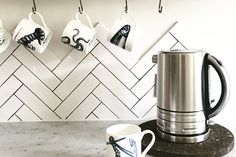 Microline is a modern take on the much loved classic metro tile, perfect for contemporary spaces and urban living or if your looking at doing something traditional with a twist These tiles are suitable for use as both kitchen and bathroom tiles.