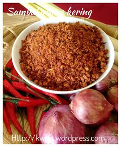 Sambal Udang Kering–Dry Shrimps Spiced Condiments (辣椒虾米松)- Posted on January 2015 by Kenneth Goh Spicy Recipes, Seafood Recipes, Asian Recipes, Cooking Recipes, Healthy Recipes, Healthy Food, Malaysian Cuisine, Malaysian Food, Malaysian Recipes