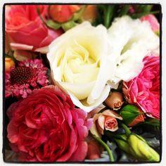 Acesflowers.com Impromptu bridal bouquet #Padgram