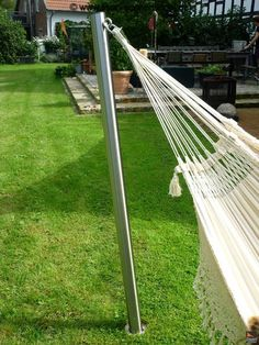 Lisori sun sail - new stainless steel hammock mast Although age-old inside principle, the actual Front Porch Plants, Small Front Porches, Screen Plants, Timber Roof, Outdoor Living Rooms, Metal Pergola, Diy Pergola, Backyard, Patio