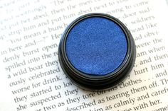 MAC Electric Cool Eye Shadow in Switch to Blue