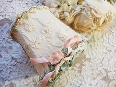 Princess lace ribbon shade - Britain and France of antique Shabby Chic Crafts, Shabby Chic Decor, Ribbon Embroidery, Lace Ribbon, Ribbon Work, French Lamp Shades, Victorian Crafts, Shabby Chic Lamp Shades, Cottage Lighting