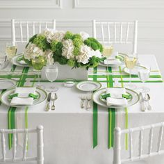 St. Patrick's Day Party: a simple and classic St. Patrick's Day table setting - a great example of how to incorporate Pantone's color of the year - Emerald - into your next tablescape!