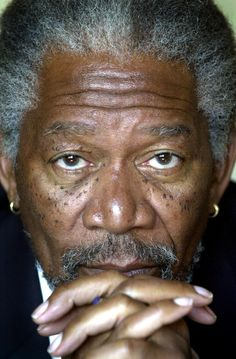 Morgan Freeman is the man! Hands down one of the best actors out there. A friend told me he is a really nice guy as well. Always a breathe of fresh air to learn a celeb is cool. MY FAVORITE ACTOR Funny Quotes, Funny Memes, Jokes, Movie Memes, Funny Captions, Funny Pranks, Morgan Freeman, Veronica Roth, John Travolta
