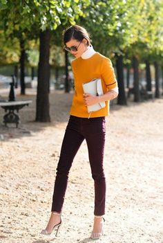 Unexpected Color Combinations to Wear - Plum & Ochre Orange | classic white turtleneck + short sleeve ochre orange sweater worn with plum skinny jeans + sexy metallic silver heels Style Work, Mode Style, Style Me, Work Chic, Burgundy Pants, Plum Jeans, Maroon Pants, Purple Pants, Red Pants