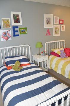 Decoração para quarto de menino e menina, juntos! Linda inspiração para as mães de como decorar quarto de irmãos!