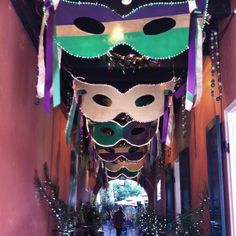 Mardi Gras Decor for the hallway or walkway. Can be made from cardboard