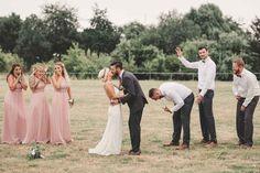Brautjungfern und Bräutigam Jungs sind irgendwie unzufrieden 😂👯👯♂️💃🕺🤦♀️ . . . #verlobung #hochzeitsreportage #brautjungfern #wedding #verlobungsring #ido #merryme #wedingphoto #weddingphotograph #fotografdüsseldorf #düsseldorf #duesseldorf #fotoshooting #photographer #outdoor #nrw #fotografgermany #fineartphotography #fineartweddingphotography #hochzeitsfotograf #portraitfotograf #weddingdeco #weddinglocation #hochzeitsvorbereitung #hochzeitsplannung #adventurebrides