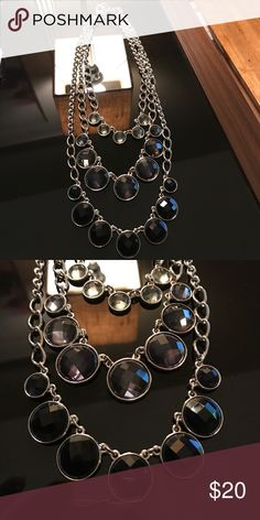EUC Talbots blue /silver necklace This necklace is a great work or casual necklace!  Silver with different shades of blue stones.  🚫 no trades please 🚫.  Willing to consider any reasonable offers! Talbots Jewelry Necklaces
