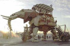 レ・マシーン・ド・リル 巨大な動く象