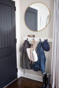 meuble pour entrée avec patères et miroir
