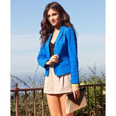 """Chevron Textured Notched Collar Blazer Jacket S An exclusive Forever 21 design, this eye-catching bright blue blazer features an intricate herringbone texture. It has a notched lapel, single button closure, and mock flap pockets. Padded shoulders. Mock button cuffs. Long sleeves. Medium weight. Woven.  DETAILS:  - 22.5"""" approx length from high point shoulder to hem, 34"""" chest, 30"""" waist, 23.5"""" sleeve length from shoulder ridge, 13"""" shoulder width  - 100% cotton  Model Info: Height: 5'9""""…"""