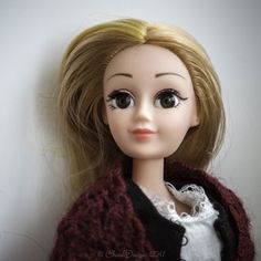 Эржбету кое-кто зовет Лизой :) Непривычное сочетание :) #dollcollection