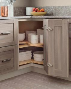 30 Wonderful Kitchen Cabinet Design For Small Spaces. If you are looking for Kitchen Cabinet Design For Small Spaces, You come to the right place. Below are the Kitchen Cabinet Design For Small Space. Kitchen Cabinet Organization, Kitchen Cabinet Design, Interior Design Kitchen, Kitchen Storage, Kitchen Decor, Kitchen Ideas, Cabinet Storage, Kitchen Layouts, Cabinet Ideas
