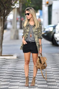 glam4you - nati vozza - militar - parka - look - short - militaty - trend - colar comprido - bolsa - ps1 - look do dia