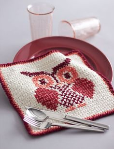 Owl Cross Stitch Dishcloth in Lily Sugar and Cream Solids. Discover more Patterns by Lily Sugar 'n Cream at LoveKnitting. The world's largest range of knitting supplies - we stock patterns, yarn, needles and books from all of your favorite brands.