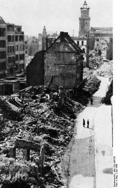 Bundesarchiv Bild 183-V06736, Köln, Zerstörte Innenstadt - Geschichte der Stadt Köln – Wikipedia